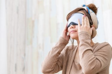 ゲームやPC作業の後はアイケア:疲れ目予防とアイケア商品の紹介